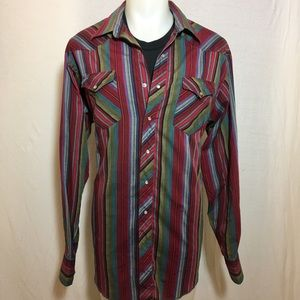 Vintage Red and Green Wrangler Button Up